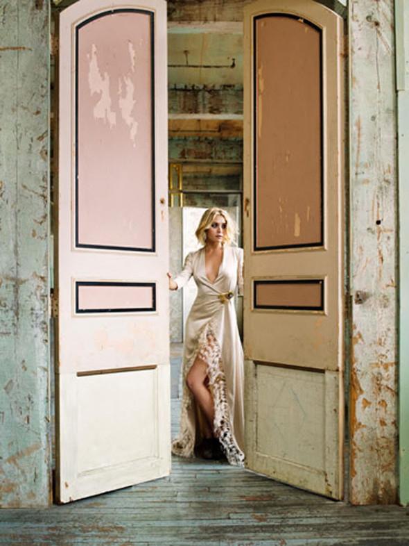 Ashley Olsen наобложке Marie Claire (Сентябрь 2009). Изображение № 7.