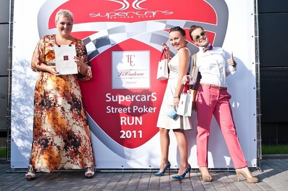 Бутики LeCadeau выступили партнером Ралли Supercars Poker Run 2011!. Изображение № 3.