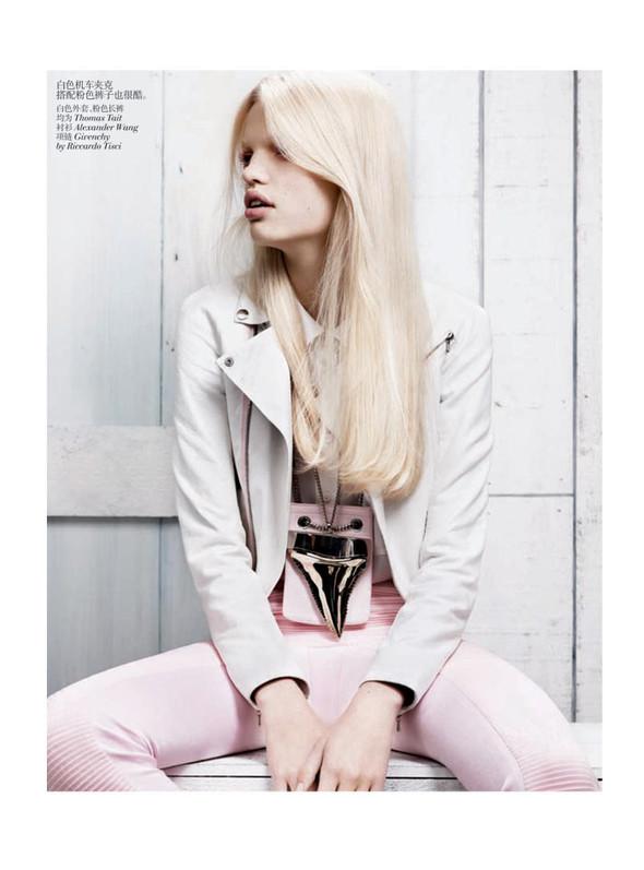 Съёмка: Дафне Гренвельд для Vogue. Изображение № 5.