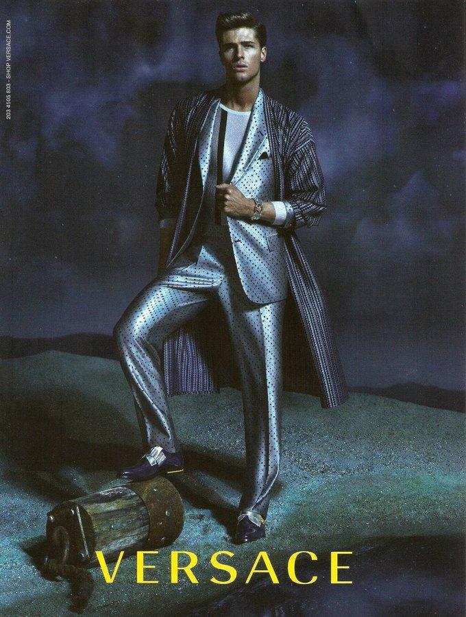 Balenciaga, Jean Paul Gaultier и Versace выпустили кампании. Изображение № 8.