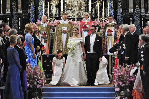 Свадьба шведской кронпринцессы Виктории. Изображение № 37.