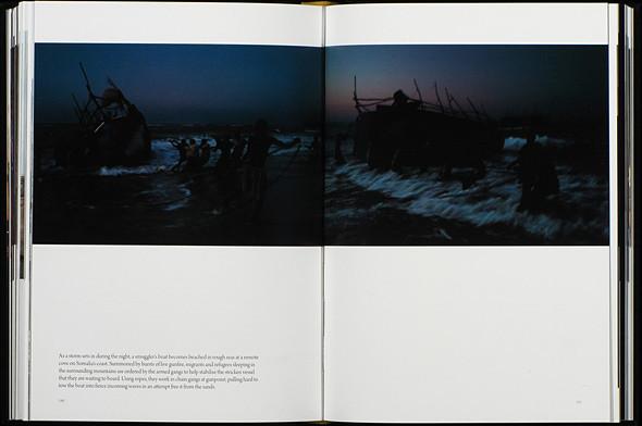 12 альбомов фотографий непривычной Африки. Изображение № 57.
