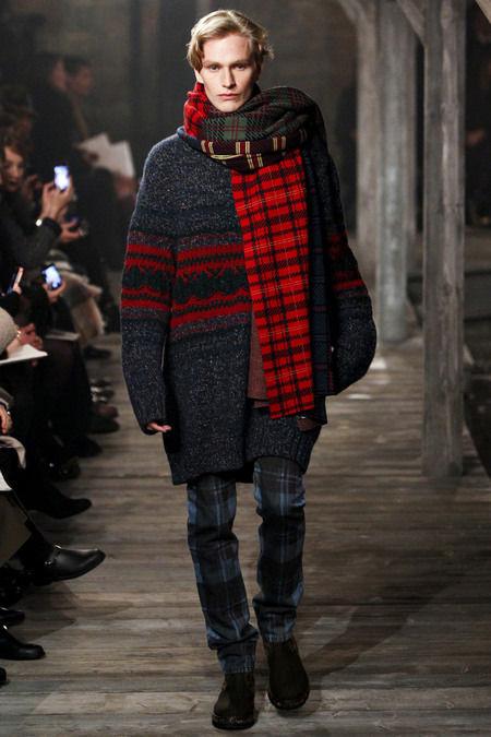 В Шотландии прошел предосенний показ Chanel. Изображение № 3.