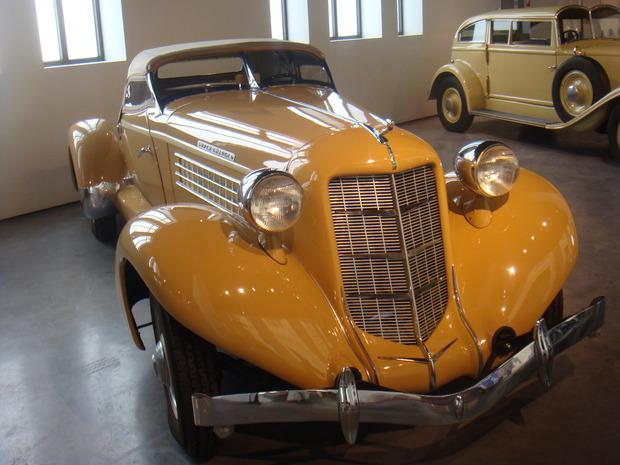 Испанский музей ретро-автомобилей. Изображение № 15.