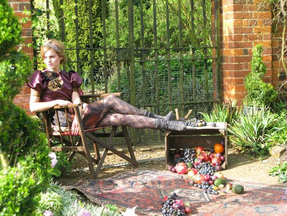 Emma Watson дляTeen Vogue August 2009. Изображение № 8.