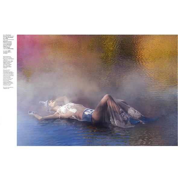 Новые съемки: Vogue, V и другие. Изображение № 11.