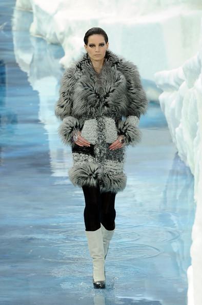 Ледяное шоу от Chanel. Изображение № 16.