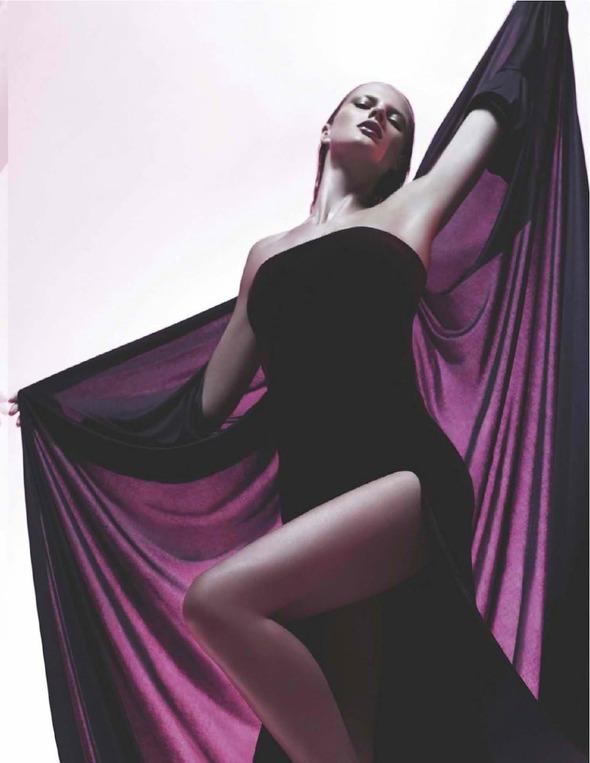 Стоп-кадр: Съемки Love, Vogue, Russh и Numero. Изображение № 34.