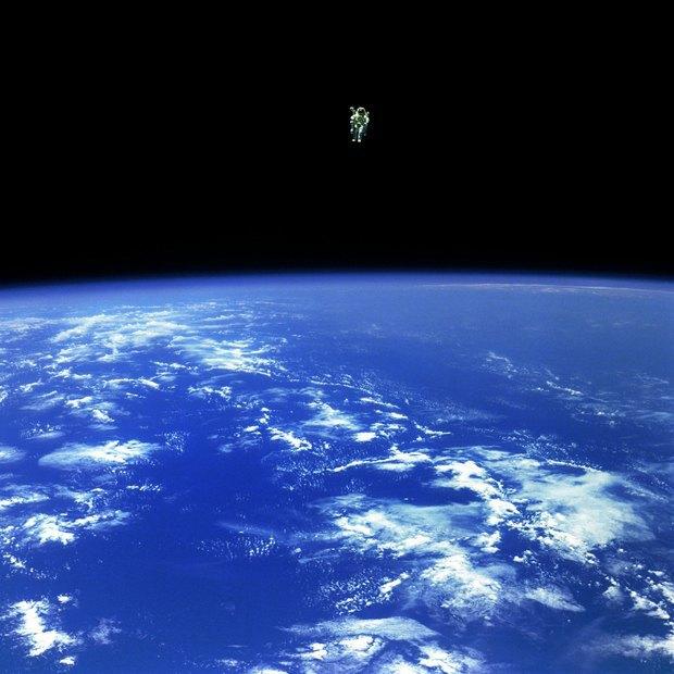 NASA представила реалистичные фото в стиле «Гравитации». Изображение № 2.
