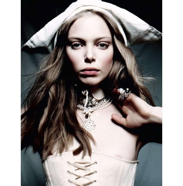 5 новых съемок: Amica, Elle, Harper's Bazaar, Vogue. Изображение № 19.