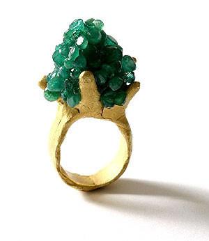 Karl Fritsch: Кольцо может быть оружием. Изображение № 7.