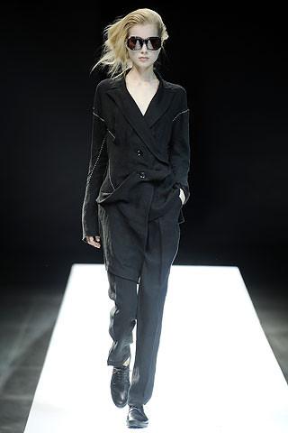 Деконструктивизм в дизайне одежды. Изображение № 10.