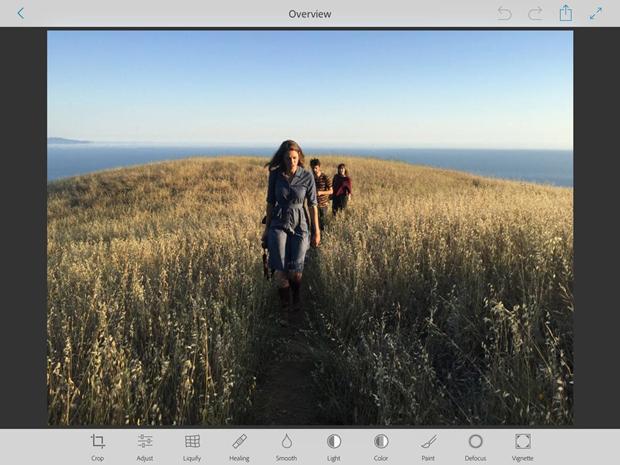 В новом Photoshop для iOS и Android будут функции изнастольного. Изображение № 1.