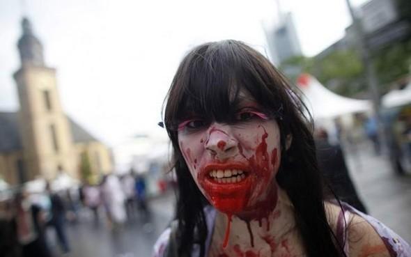 ВоФранкфурте прошел парад зомби. Изображение № 3.