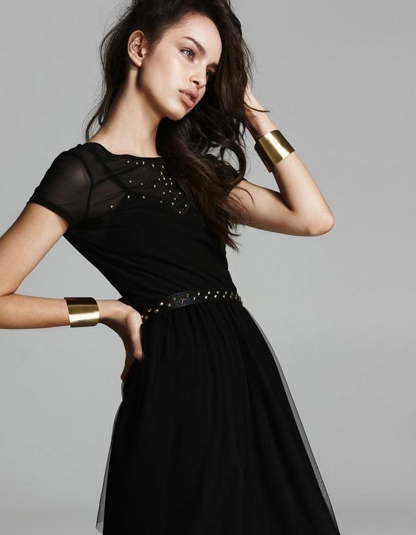 Лукбуки: H&M, Zara, Urban Outfitters и другие. Изображение №49.