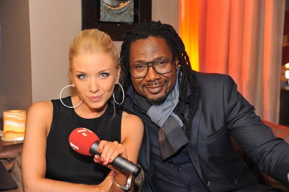 Девушка Блонда стала DJ Lady Blond и презентовала клип. Изображение № 7.