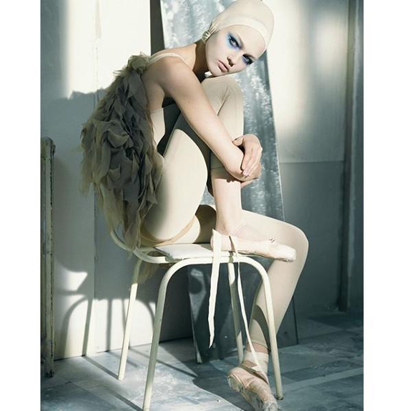 Изображение 45. Dance, dance, dance: 10 съемок, вдохновленных балетом.. Изображение № 45.