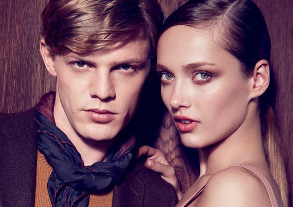 Кампании: Dior, Versace, Gucci и Burberry. Изображение № 25.