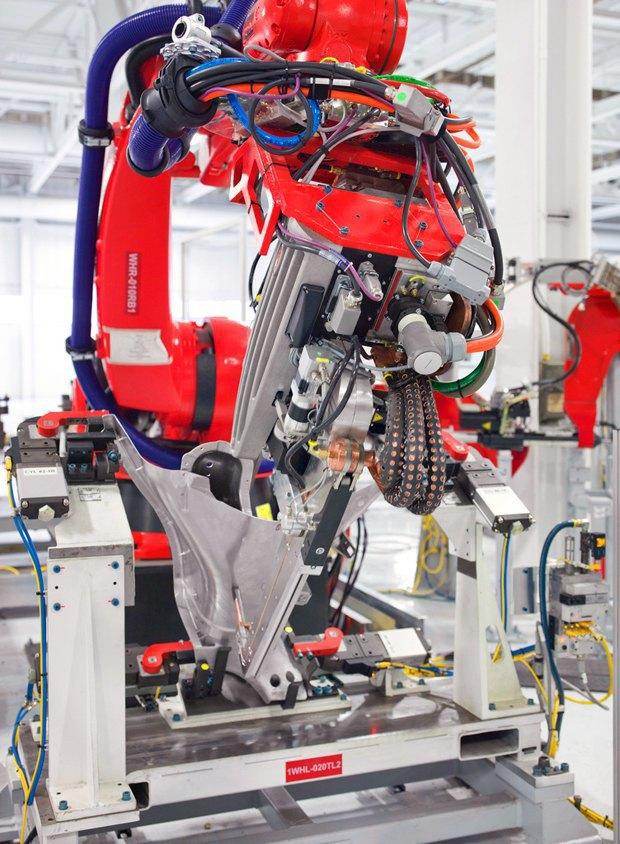 Как создаются электромобили Tesla. Изображение № 10.