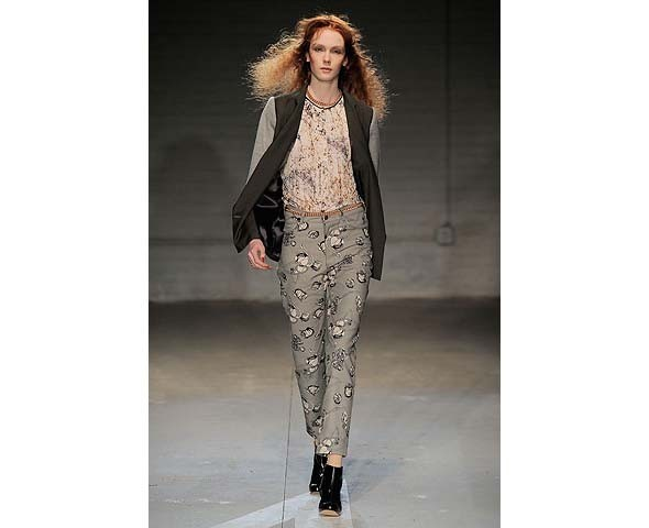 Неделя моды в Нью-Йорке: первые показы. Изображение № 59.