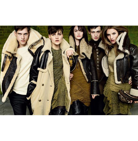 Рекламные кампании: Burberry, Louis Vuitton, Tom Ford. Изображение № 1.