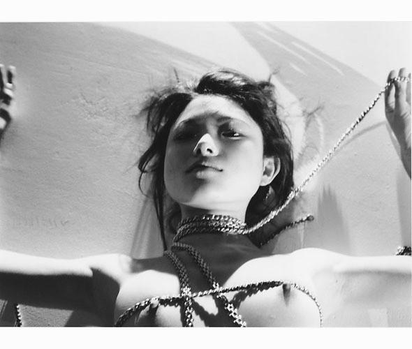 Части тела: Обнаженные женщины на фотографиях 70х-80х годов. Изображение № 137.