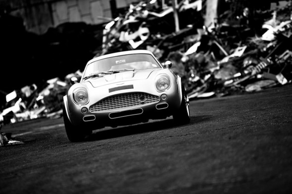 Воскрешение Aston Martin DB4 GT Zagato. Изображение № 12.