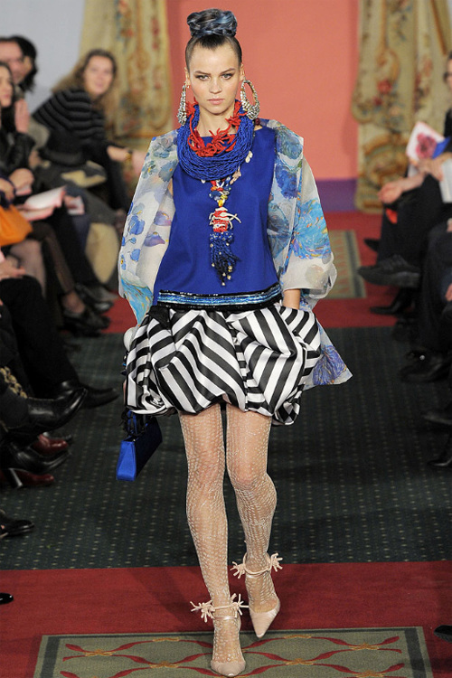 Неделя высокой моды вПариже: Кристиан Лакруа. Изображение № 9.