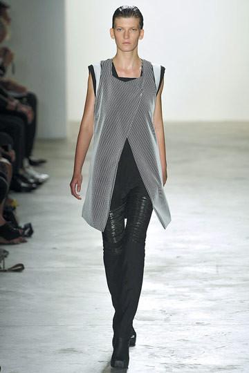 Дизайнер РадХурани: черный – самый правильный цвет. Изображение № 58.