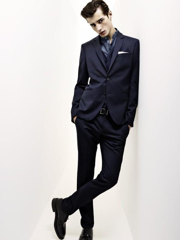 Мужские лукбуки: Barneys, Dior Homme, Opening Ceremony и Pierre Balmain. Изображение № 67.
