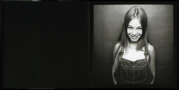 Клубная мания: 10 фотоальбомов о безумной ночной жизни . Изображение №49.