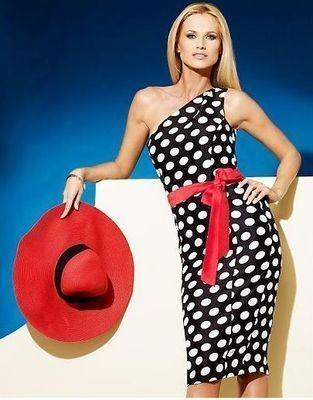 Гороховое черно-белое платье. И красная шляпа с поясом =). Изображение № 1.