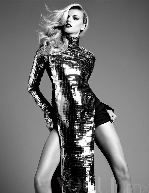 Съёмка: Марина Линчук для Vogue. Изображение № 3.