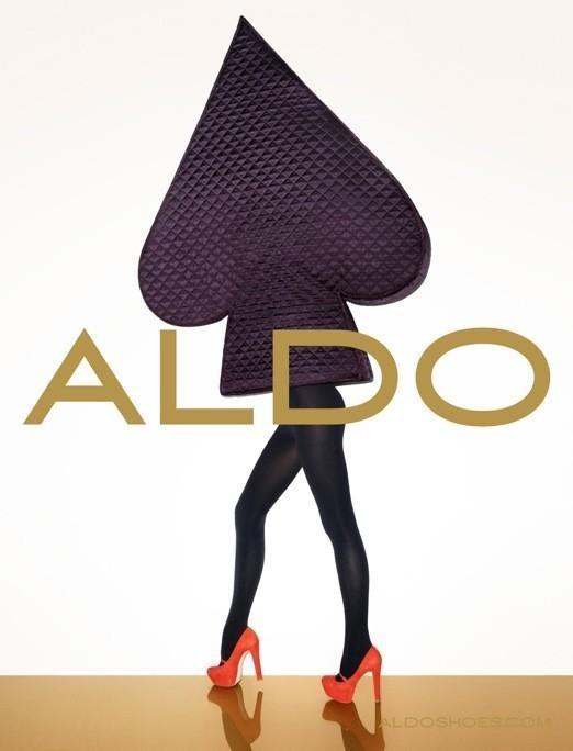 Кампания: Терри Ричардсон и Лили Дональдсон для Aldo FW 2011. Изображение № 4.