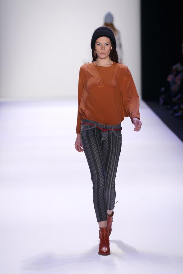 Berlin Fashion Week A/W 2012: Lala Berlin. Изображение № 18.
