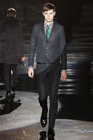 Gucci fall 09. Изображение № 20.