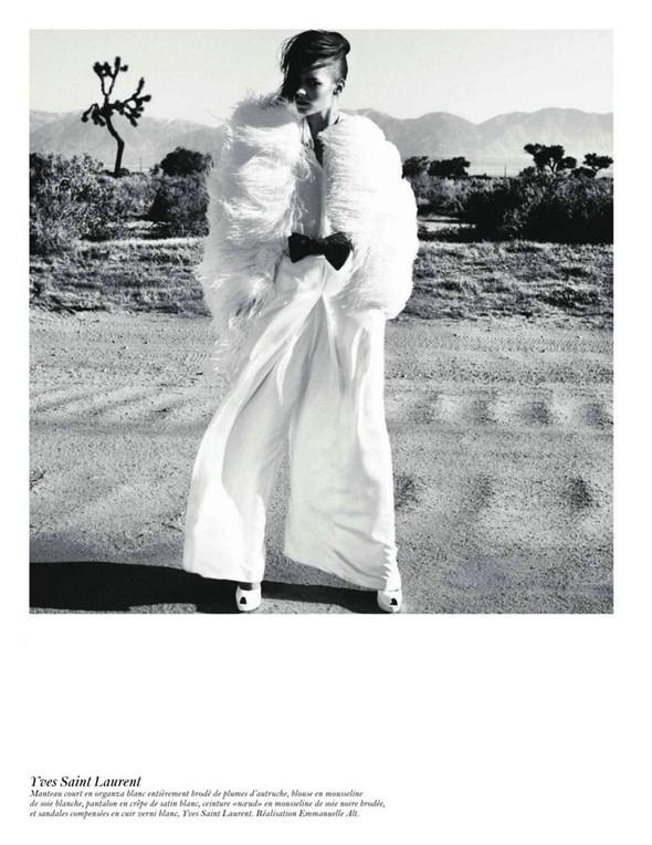 Съёмка: Аризона Мьюз, Лара Стоун, Наташа Поли и другие модели во французском Vogue. Изображение № 3.