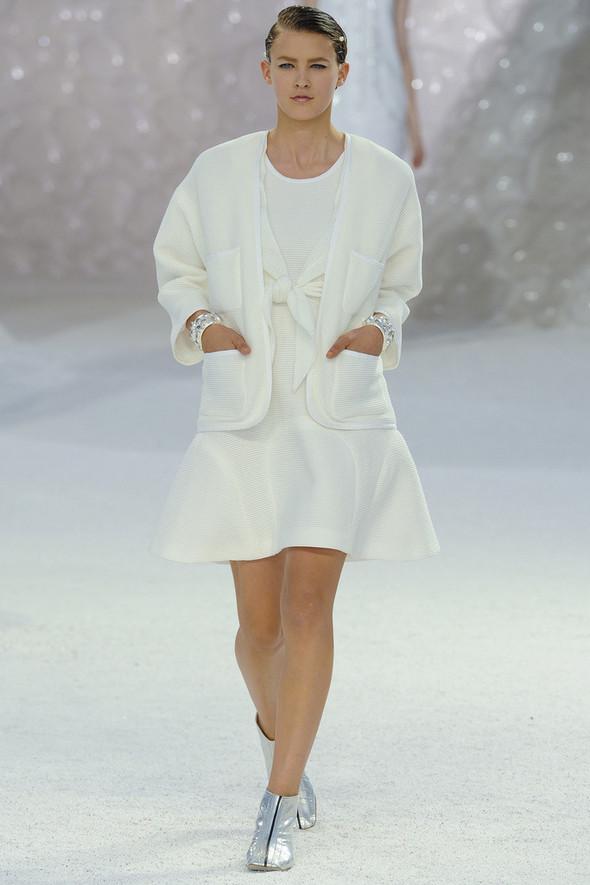 Chanel на Парижской неделе моды. Изображение № 21.