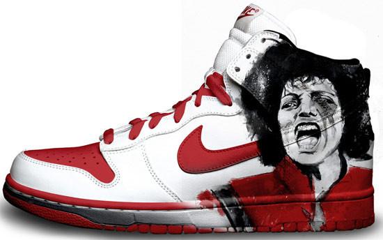 Метаморфозы белых кроссовок Nike. Изображение № 14.