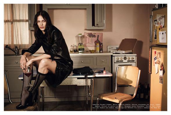 Стоп-кадр: Новые съемки Love, Russh, Vogue и V. Изображение № 63.