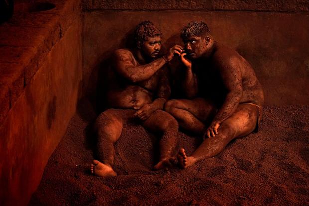 Борцы кушти (традиционный вид индийского единоборства) / Автор: Alain Schroeder. Изображение № 8.