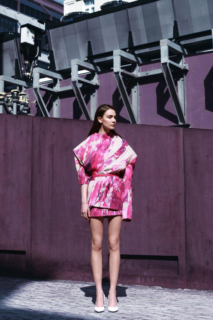 Показана новая коллекция молодого дизайнера Ольги Шурыгиной. Изображение № 19.
