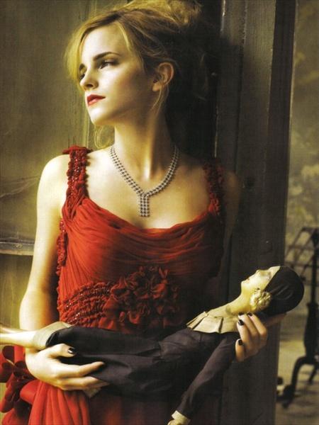 Эмма Уотсон (итальянский Vogue, сентябрь 2008). Изображение № 6.
