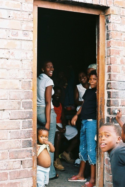 Ghetto story-мыс Доброй Надежды. Изображение № 31.