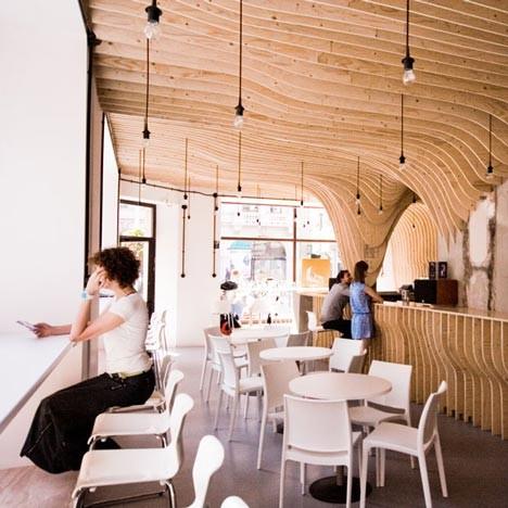 Под стойку: 15 лучших интерьеров баров в 2011 году. Изображение № 42.