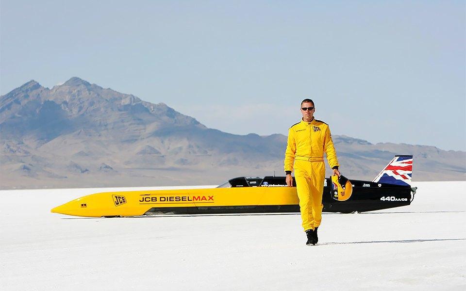 Как выглядит самый быстрый автомобиль  в мире. Изображение № 9.
