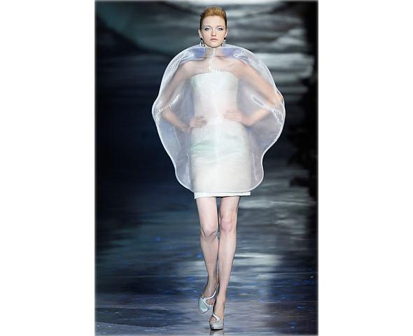 Неделя моды в Париже: Haute Couture. Изображение № 12.