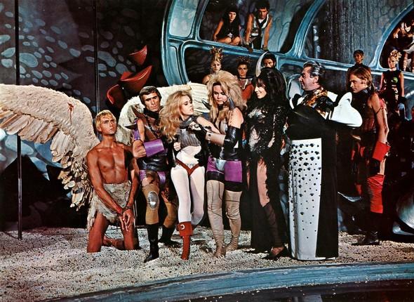 «Барбарелла», 1968. Изображение № 6.