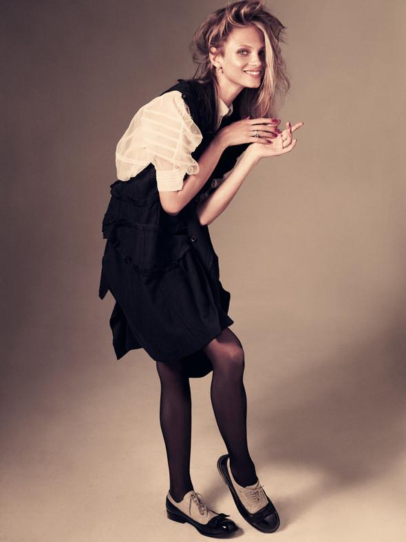 Съёмка: Анна Селезнёва для японского Vogue. Изображение № 1.