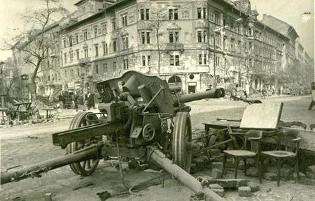 Евгений Халдей – знаменитый фоторепортер войны. Изображение № 17.